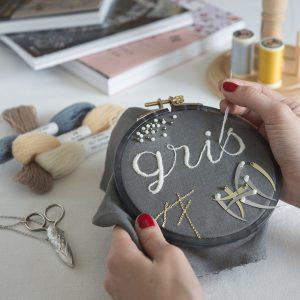 grisは、こだわりの手芸素材やキット、書籍、お道具等のセレクトショップです。