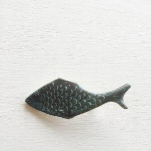 新作です。涼しげな魚のモチーフは前から制作したいと思っていました