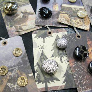 素材やデザインもいろいろ!ヨーロッパで集めたボタンです。