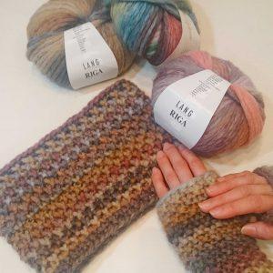 LANGリガのアームウォーマー&ネックウォーマー。すべり目による変わり鹿の子編み。ふわっと軽く暖かい糸です。