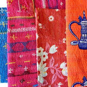 インド カンタのミニマット カンタは刺し子刺しゅうのこと。糸と布のかんじが愛おしい。バッグなどを作っても。