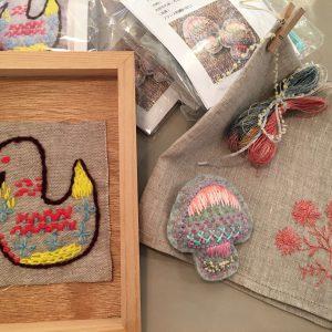 編み糸で刺しゅうもオススメです