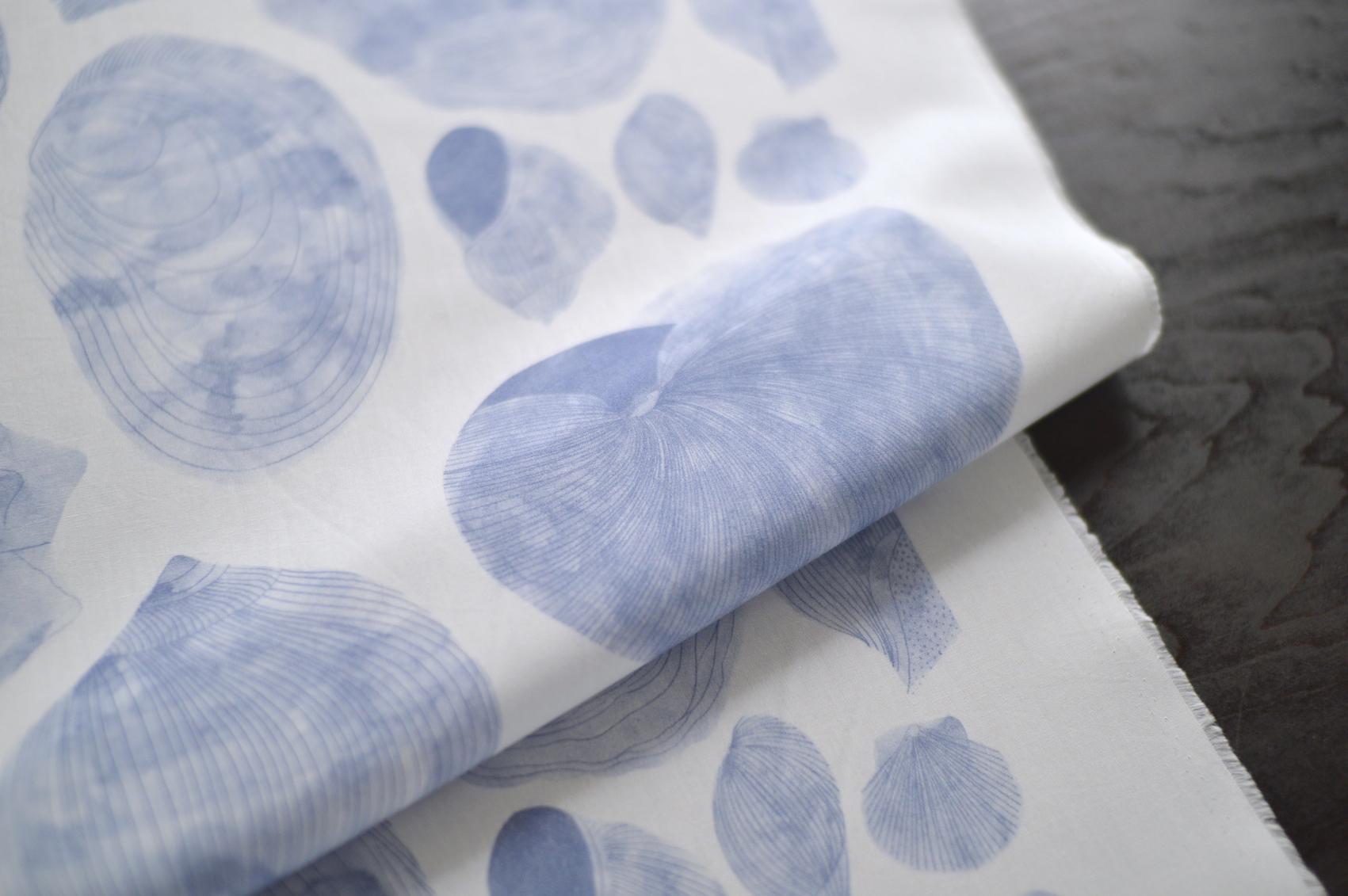 shellの生地は青色が新登場です。 切り売り生地 ¥2100-/50cm〜 カットクロス ¥1100-