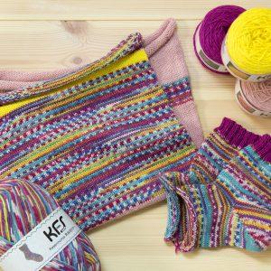気仙沼 祭&なでしこ&おとめつばき&たんぽぽ (足模型のセット) 気仙沼 祭の毛糸の腹巻帽子にはKFSオリジナル単色毛糸を合わせてみました。 こちらにはお揃いのもぐらソックスを!