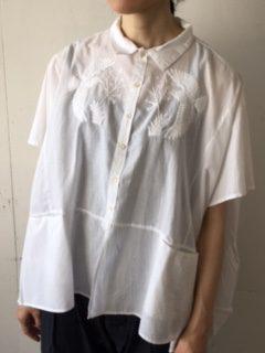 EMBROIDERY SQUARE SHIRT 刺繍スクエアシャツ