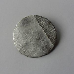 ブローチ (銀彩 M) 4.5cm✖️4.5cm  上代 3500円(税込3780円)