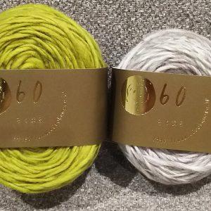 弾力性の強いウール繊維を甘撚りに仕上げたスラブヤーン。ウール100%。Kannnagi寒凪キット用の糸。