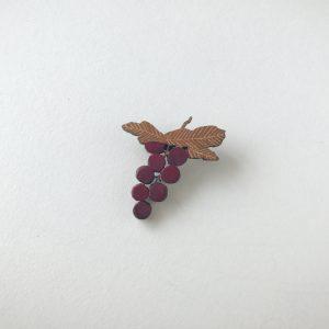 葡萄のブローチ