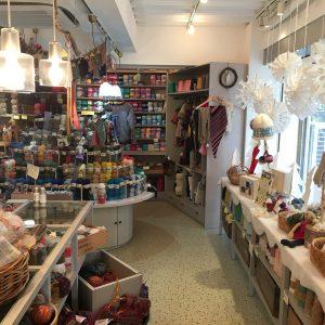 Keitoは世界各地から集めた毛糸のお店です。