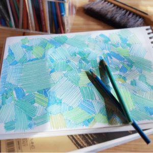 洗濯表示のタグやカードなどは、色鉛筆で描いたお気に入りの一枚を印刷しました。