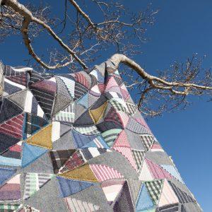 様々な布地で新しい布地がうまれます。