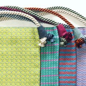 紐の色あわせもそれぞれ違います。