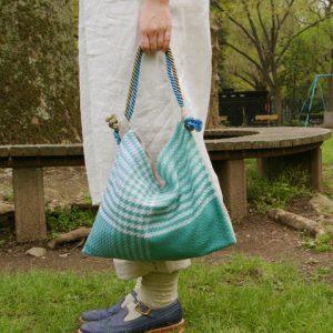 ちょっとしたおでかけに使いやすいbagです。