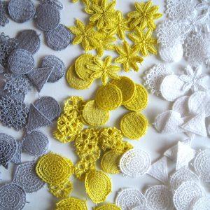 色は、白、グレー、黄色の3色から選んで頂きます。
